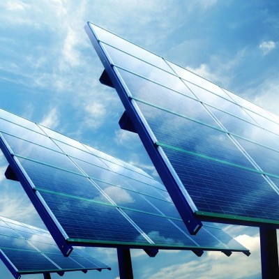 Énergie solaire à Djibouti  course à l'innovation pour les capacités de stockage